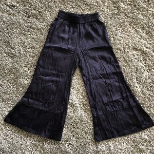 Urban Outfitters Wide-leg Crop Pants